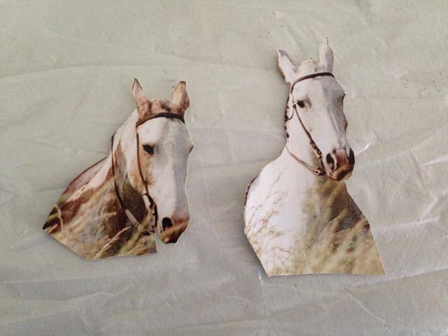 25_BL_horses